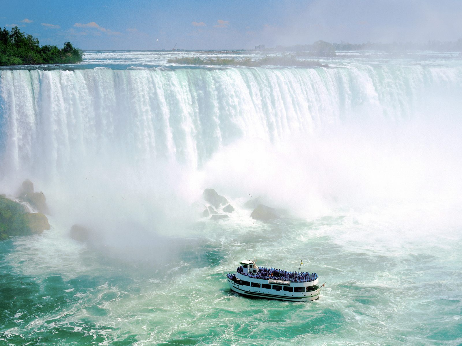 Maid of the Mist VII, Niagara Falls, Ontario, Canada